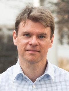 Jakob Axelsson